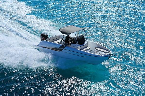 skippers.ch beneteau flyer 7