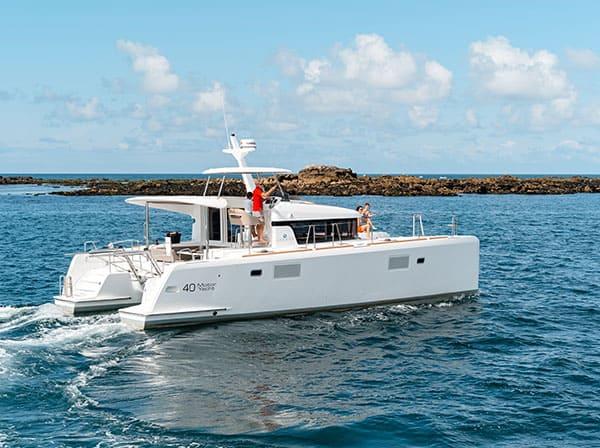 Lagoon 40 skippers.ch motor