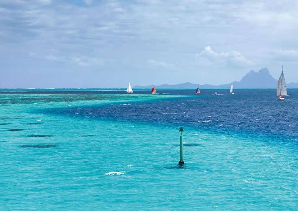Tahiti Pearl Regatta: Kopfüber regattieren