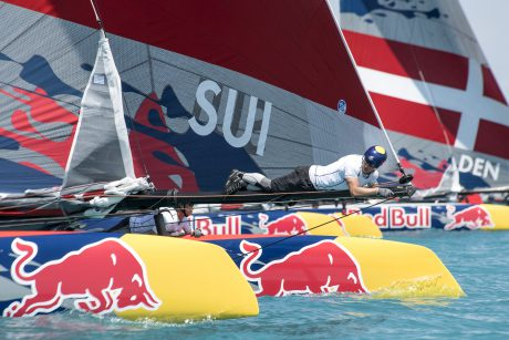 Great Sound Bermudes,16.06.2017; Youth America s Cup. Deuxieme journee d eliminatoire. conditions lemaniques pour Team Tilt qualifie de justesse. Photo Jean-Guy Python
