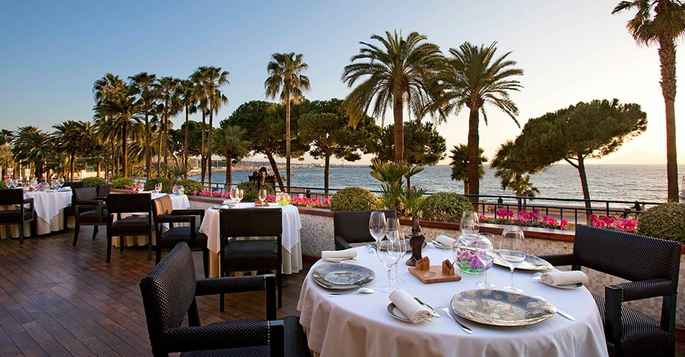 Grand-Hyatt-Cannes-Hotel-Martinez-La-Palme-DOr-1