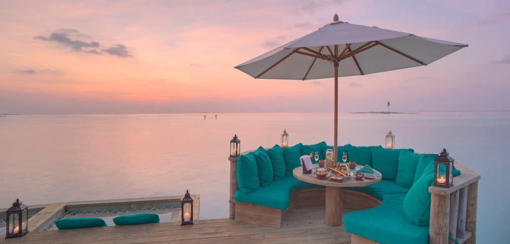 GLM_Over-Water-Bar-Outer-Deck-At-Sunset