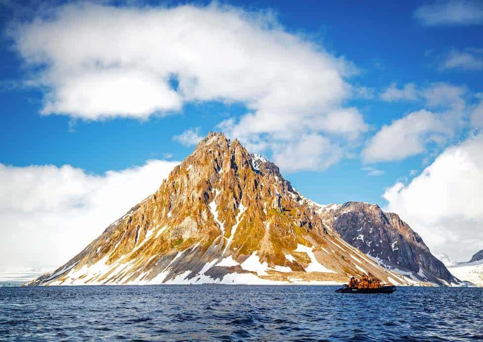 Découvrir l'Arctique et l'Antarctique avec des experts - Quark Expeditions, l'étoile du Nord