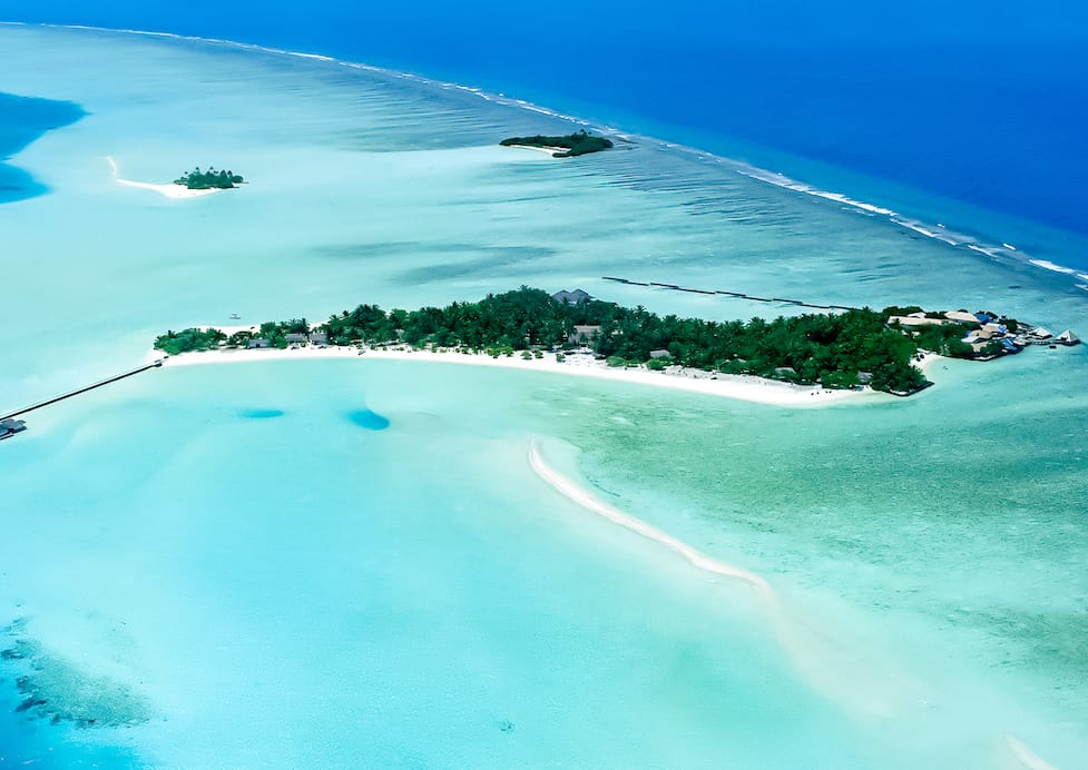 Schweizer retten maledivische Insel